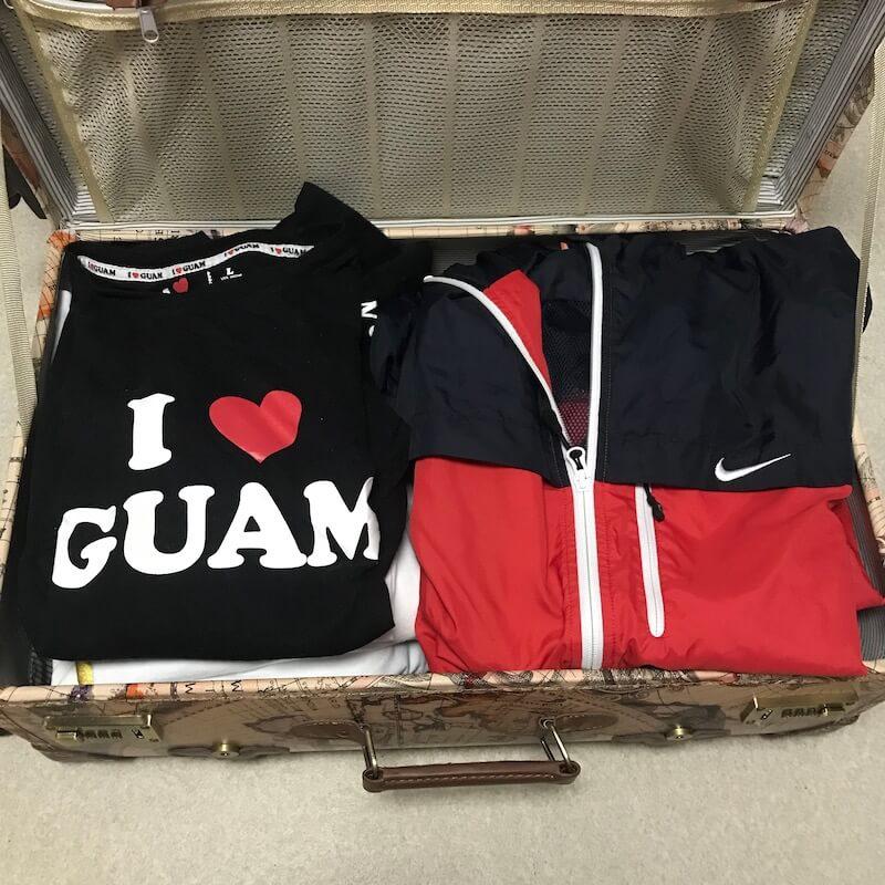 TANOBI スーツケースに服を収納した