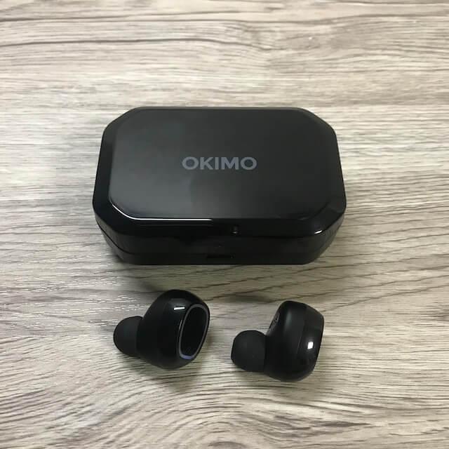 OKIMO ワイヤレスイヤホンの全体の外観
