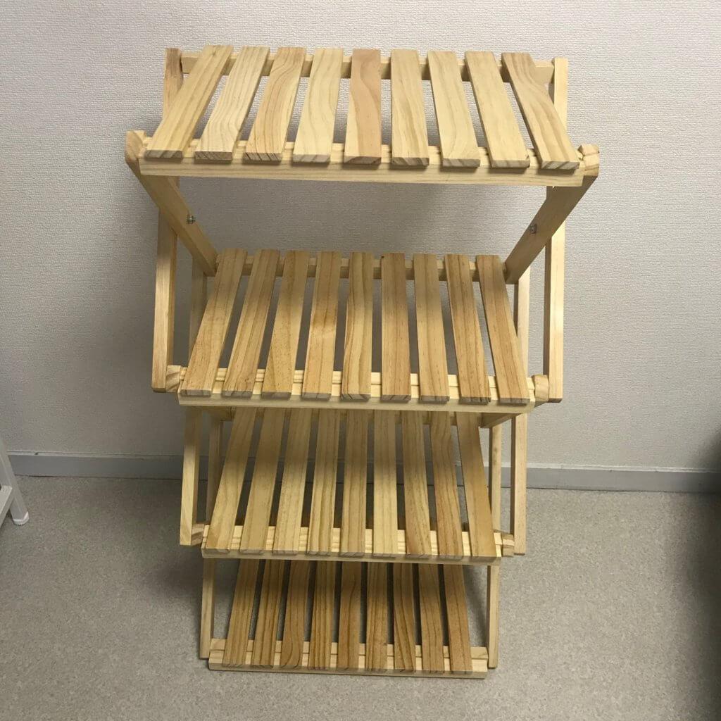 コーナン折り畳み式木製4段ラックのデザイン